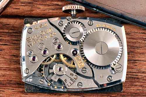 Bulova cal 7AP movement