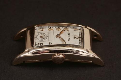 1935 Gruen Curvex 311